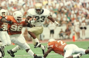 Autry Denson carries the ball during the 1996 matchup with the Texas Longhorns. Credit: South Bend Tribune